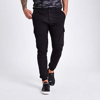 River Island Mens Black tapered cargo trousers