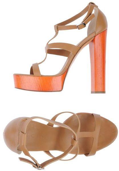 Vicini Platform sandals