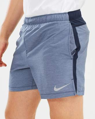 "Nike 5"" Challenger Shorts"