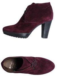 SAX Lace-up shoes