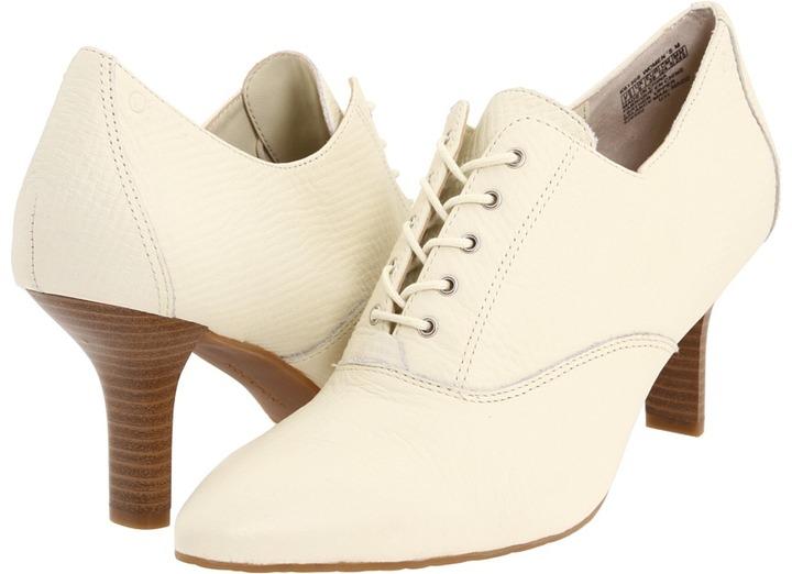 Rockport Lianna Lace Up Pump (Cream) - Footwear