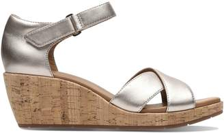 Clarks Un Plaza Cross Leather Wedge Sandals