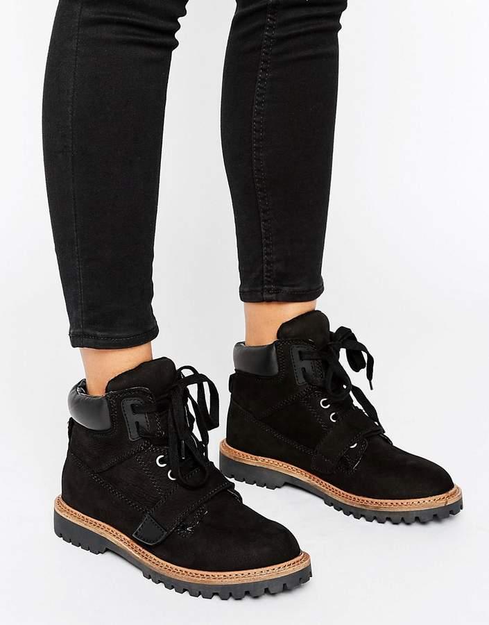 AldoALDO ChunkyLace up Boots