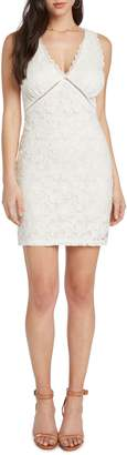 Willow & Clay Lace Body-Con Dress