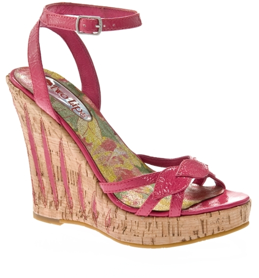 Two Lips Tame Patent Wedge