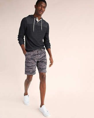 Express Slim Fit Printed 9 Inch Flat Front Stretch Shorts