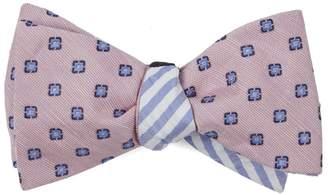 The Tie Bar Medallion Seersucker Stripe