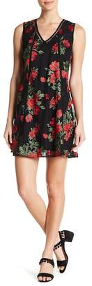 Romeo & Juliet Couture Embroidered Sleeveless Shift Dress
