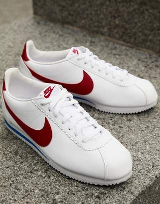 Nike Cortez Leather Sneakers In White 749571-154