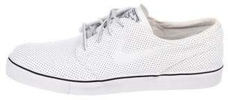 Nike SB Zoom Stefan Janoski Perforated Sneakers w/ Tags