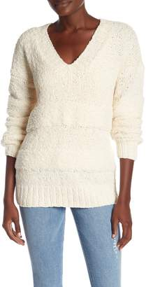 Frame Slouchy V-Neck Knit Sweater
