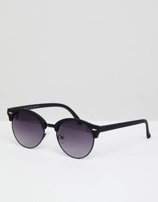 New Look Round Sunglasses In Black