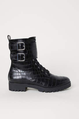 H&M Crocodile-patterned Boots - Black