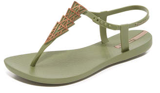 Ipanema Deco Sandals $30 thestylecure.com