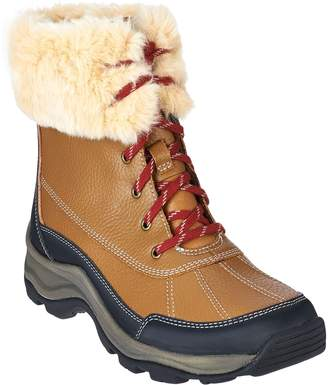 Clarks Leather Water Resistant Lace-up Outdoor Boots - Mazlyn Arctic