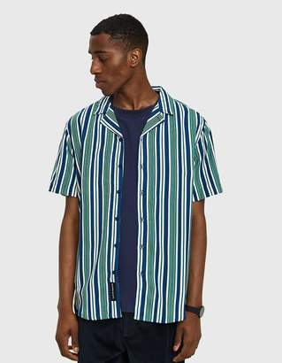 NATIVE YOUTH Bay S/Sleeve Shirt in Green