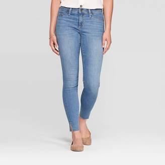 68d4f487c820 Universal Thread Women's Mid-Rise Slim Fit Jeggings - Universal Thread  Light Wash