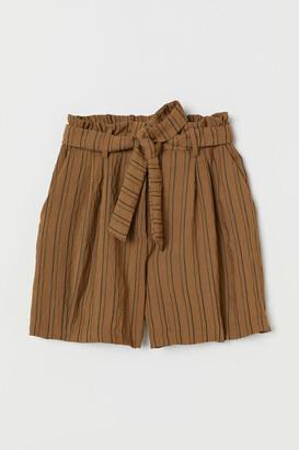 H&M Paper-bag Shorts - Beige