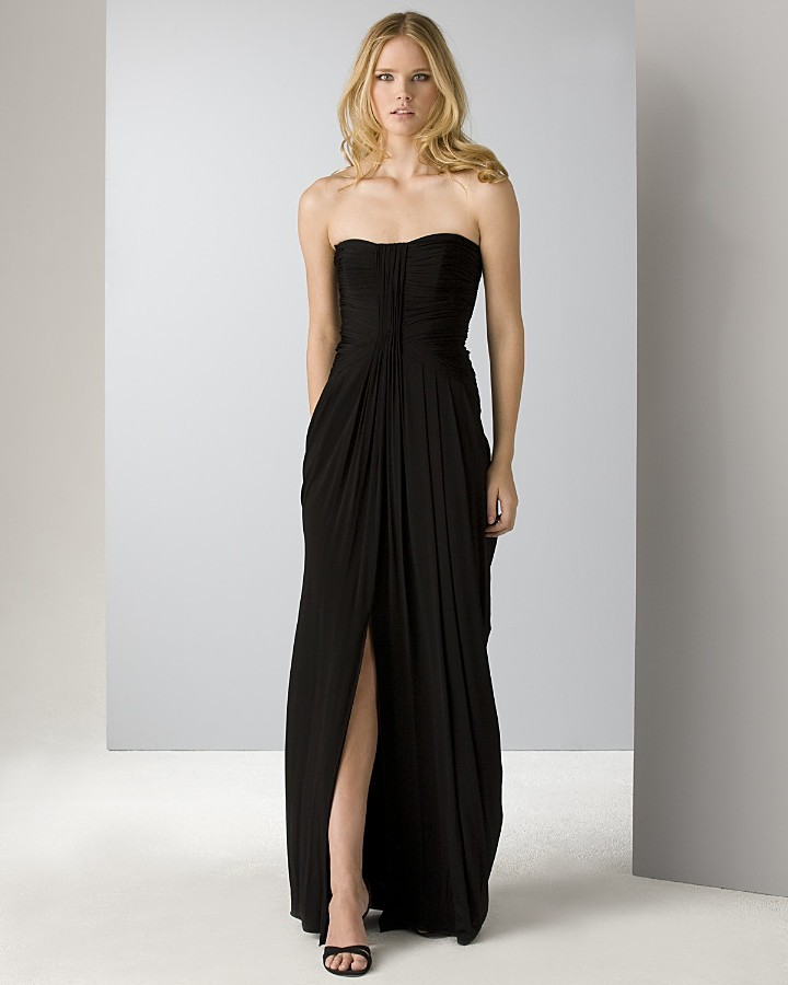 Laundry by Shelli Segal Black Pleated Gown