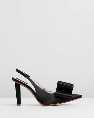 Marc Jacobs High Slingback Pumps With Bow