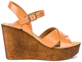 Seychelles Provision Wedge