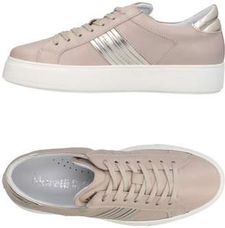 Andrea Morelli Low-tops & sneakers - Item 11428374QO