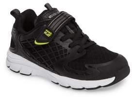Stride Rite Made 2 Play Breccen Sneaker
