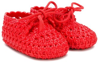 Mini Melissa woven crib shoes