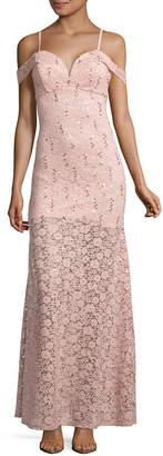 LOVE REIGNS Love Reigns Sleeveless Evening Gown-Juniors