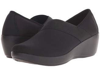 Crocs Busy Day Stretch Asymmetrical Wedge Women's Wedge Shoes