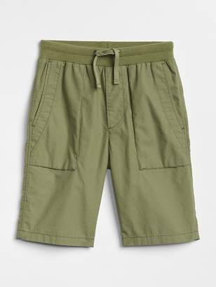 Gap Pull-On Utility Shorts in Stretch