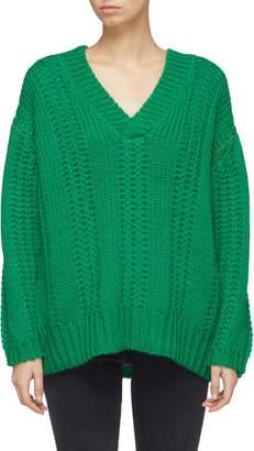 Short Sentence Chunky rib knit V-neck sweater