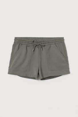 H&M Lyocell Shorts - Green