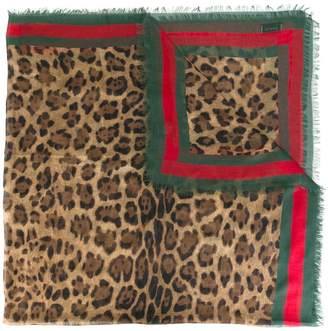 Gucci leopard print scarf with Web