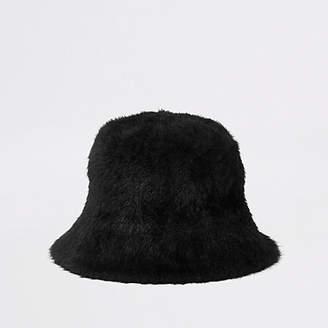 River Island Black fluffy bucket hat