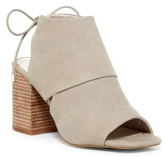 Kenneth Cole New York Katarina Block Heel Sandal