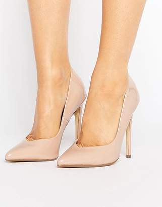 Steve Madden Wicket Blush Heeled Pumps $92 thestylecure.com