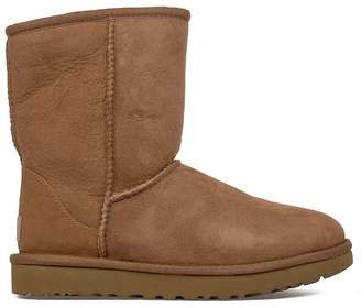 UGG Chestnut Classic Short Low Boot