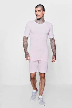 boohoo MAN Signature Muscle Fit T-Shirt & Short Set