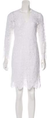 Frame Lace Knee-Length Dress