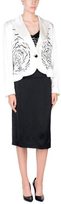 URIC Women's suit
