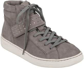 Earth R) Zeal High Top Sneaker