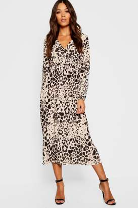 boohoo Leopard Print Long Sleeved Bodycon Midi Dress