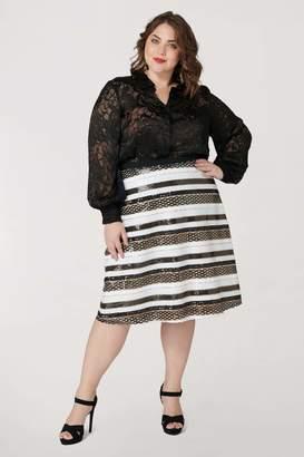 Marée Pour Toi Maree Pour Toi Flippy Aline Skirt in White/Black/Gold Size 22