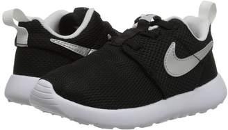 Nike Roshe One Boys Shoes
