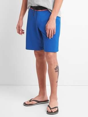"""Gap 10"""" Solid Board Shorts with Bi-Stretch"""
