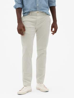 Gap Vintage Wash Khakis in Slim Fit with GapFlex