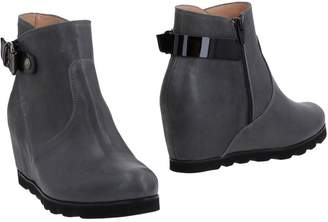 DONNA SOFT Ankle boots - Item 11487038NM