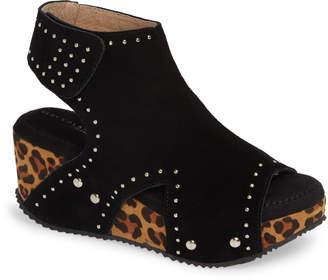 57172bbed83 Very Volatile Betsy Platform Wedge Sandal