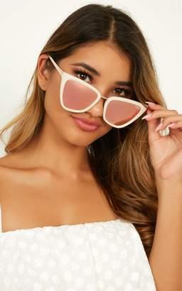 Showpo Quay - Reina Sunglasses In Rose Gold Sunglasses